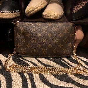Authentic Louis Vuitton LV monogram crossbody bag